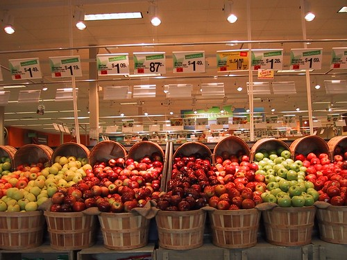 """""""Overflow"""" effect at Shaw's Supermarket 