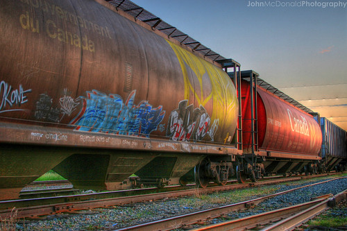 sunset red canada calgary train star grafitti tunisia tracks railway wars cpr hdr johnmcdonald interestingness37 i500 utatafeature utatahotwheels djxtremeaudiophile
