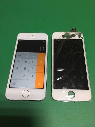 244_iPhone5Sのフロントパネル液晶割れ | by Smapho_Repair_House