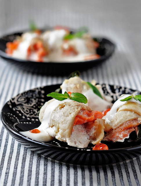 flatfish rolls with salmon