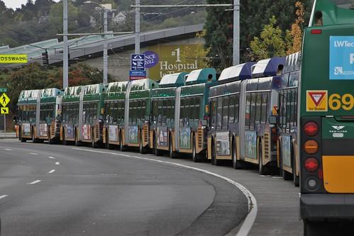 Metro Huskies shuttles on layover