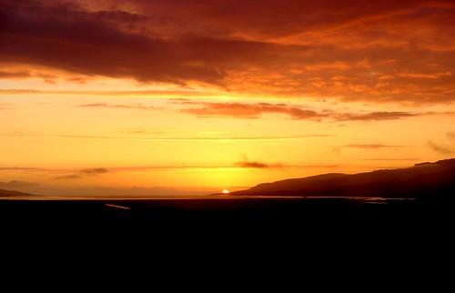 ocean sunset sun geotagged iceland arctic midnight ísland miðfjörður geo:lat=6531192657731542 geo:lon=20908545761901905