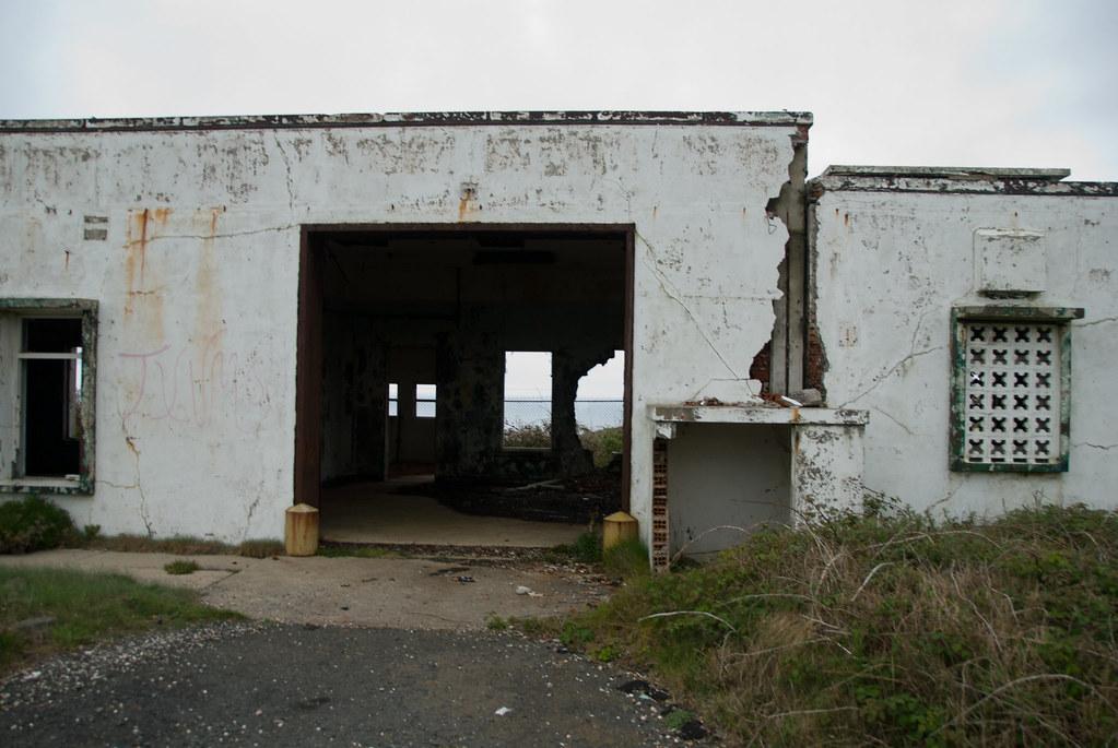 Abandoned EE.UU Military Base