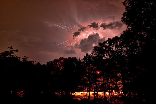 storm weather night clouds alabama bolt mauve lightning delos d300 maylene regionwide
