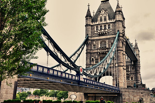 London 12 | by denistask87
