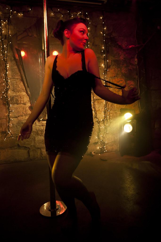 Burlesque Strip-Tease Battle (90) - 27Nov10, Paris (France