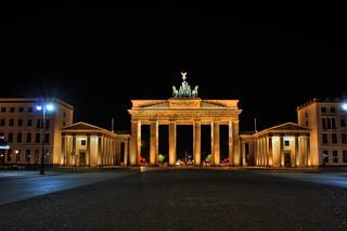 Berlin - Brandenburger Tor 01 | by Daniel Mennerich