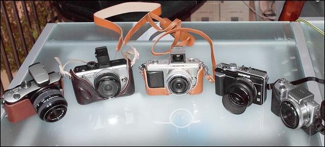 Samsung NX100 - 20-50mm Zoom, Panasonic GF1 - 14mm f/2.5, Olympus E-P1 - 17mm f/2.8, Olympus E-PL1 - Panasonic 20mm F/1.7, Sony NEX-5 16mm f/2.8
