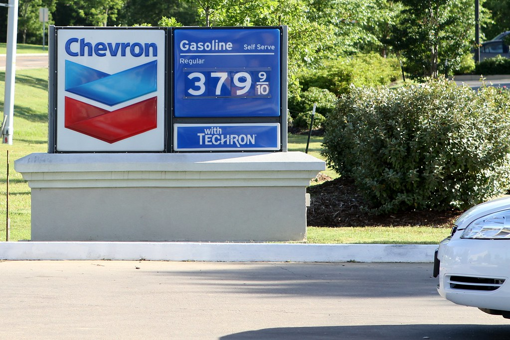 Gas station price sign May 5, 2011 | Chevron service station… | Flickr