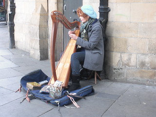 Street Harp Player in Dublin | by antonf