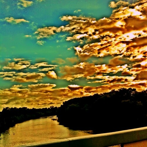camera sunset apple square mac squareformat sherry normal 4g iphone 2011 brazosriver psexpress iphoneography westcolumbiatx instagramapp uploaded:by=instagram foursquare:venue=4de95b1a45dde4a28d67fb07