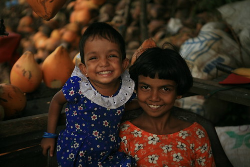 happy smiling children (ALL RIGHTS RESERVED, COPYRIGHT PLANETLIGHT PHOTOGRAPHY) | by planetlight