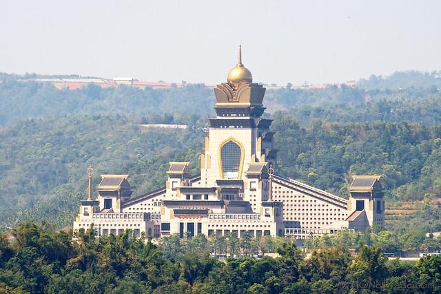 Chung Tai Chan Temple 埔里中台禪寺