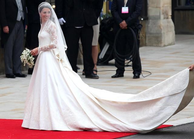 Kate Miidleton Wedding Dress