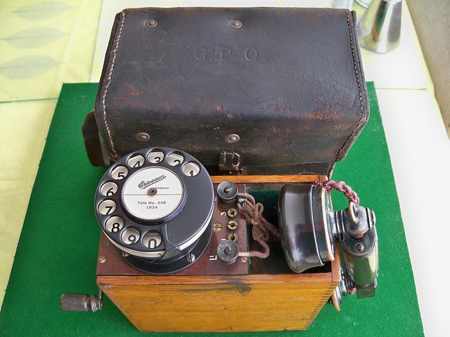 ZZD Portable Linesman's Telephone Tele No. 44B Manufactured by British Ericsson 1934