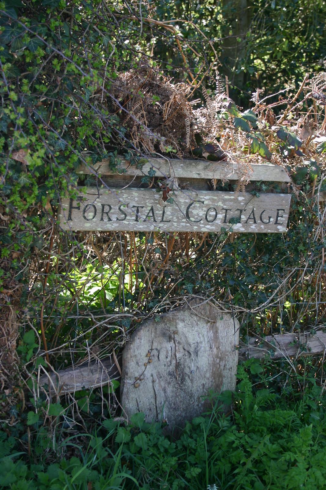 Forstal Cottage sign