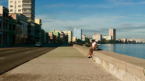 Malecon, Havana   by hyeonjincho