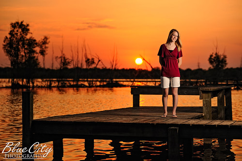 pictures sunset portrait lake water senior docks portraits pond texas photographer photos pics tx highschool photographs homeschool lakejackson angleton 2011 brazoria westcolumbia brazoriacounty barxranch baileysprairie bluecityphotography bluecityphotographycom