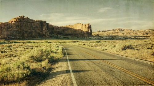 road sunset sky clouds canon landscape utah afternoon shadows cliffs archesnationalpark textured 16x9 desertsouthwest t1i