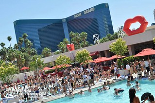 Wet Republic Pool Party Mgm Grand Hotel Casino Las Vegas Flickr