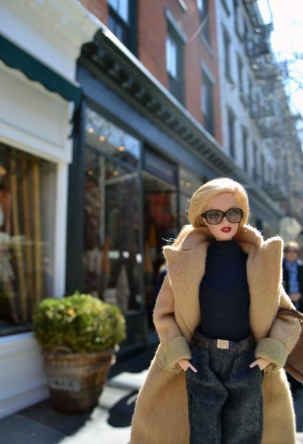 De compras por Bleecker St, en el Village. Barbie & Ralph Lauren.