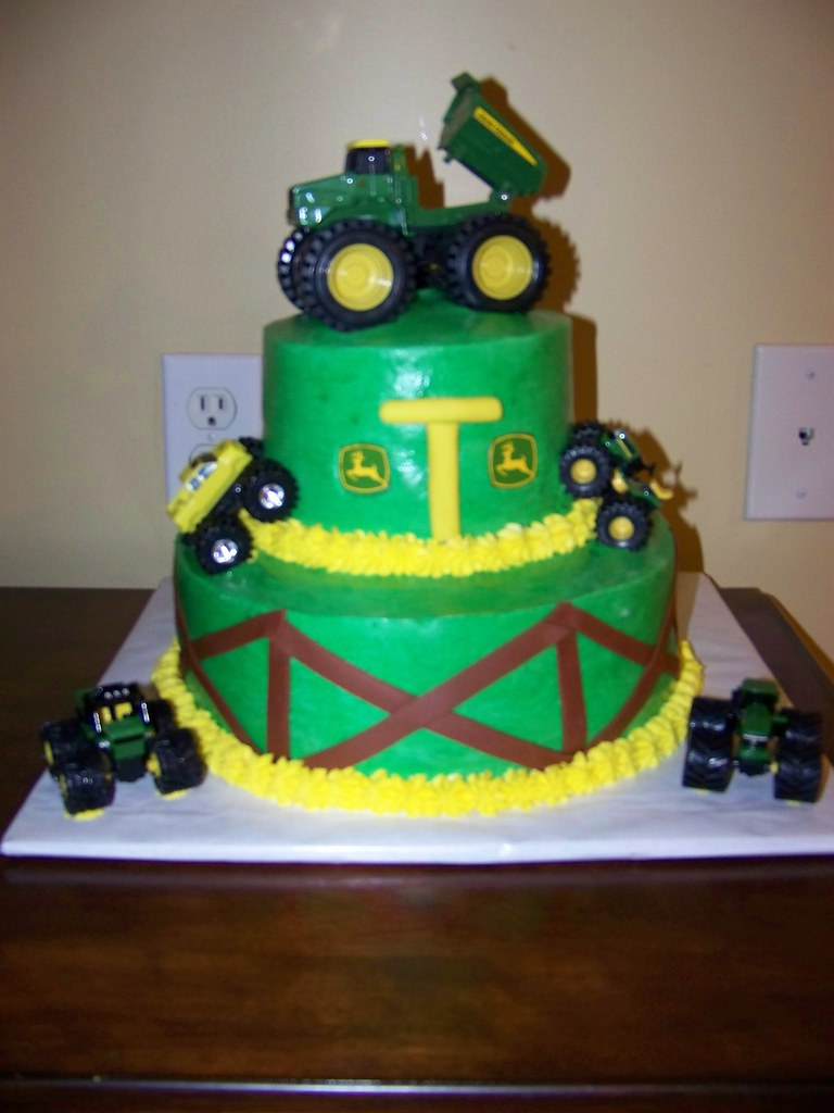 Tremendous John Deere Birthday Cake Icing On The Cake Lady Flickr Funny Birthday Cards Online Overcheapnameinfo