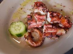 火, 2011-04-19 12:19 - Taverna Kyclades: Grilled Octopus タコのグリル