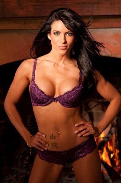 Latonas Professional Makeup: Amanda Latona - IFBB Bikini Pro