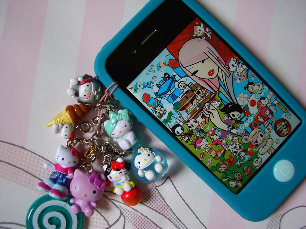 Hello Kitty Kawaii Decoration Mascot For Iphone 4 With Tok Flickr