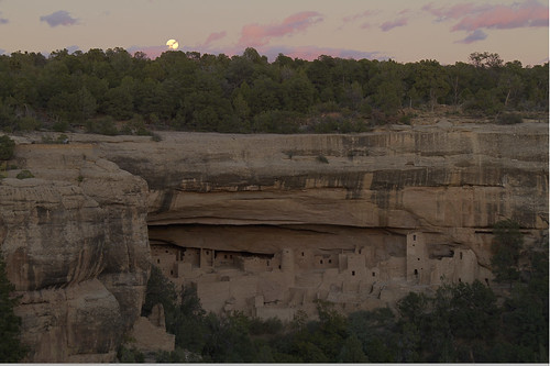 moon nationalpark ruins colorado fullmoon nativeamerican moonrise mesaverde hdr cliffdwellings mesaverdenationalpark cliffpalace ancientcivilizations october2011 ancestralpueblopeople ipadapp lighttrac