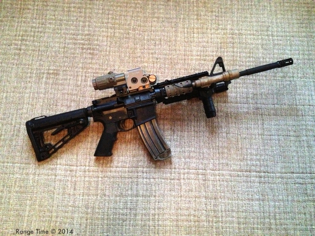 Colt M4 Carbine | Colt M4 Carbine w/Surefire M600 and Eotech… | Flickr