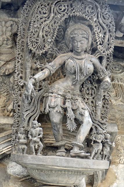 Madanika (Temple de Chennakeshava à Belur, Inde)