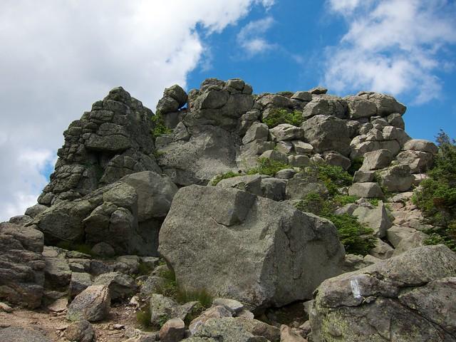 3:02:12 (51%): hiking newhampshire whitemountains franconianotch mtlafayette franconiaridgetrail mtlincoln franconiarange