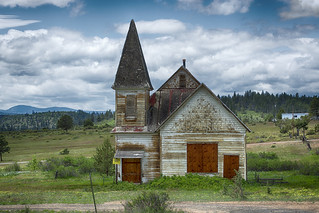 Abandoned church | by karimm33