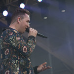 Fri, 13/06/2014 - 3:47pm - Big vocal skills. Super-fun. Team FUV at Bonnaroo. Phoro by Laura Fedele