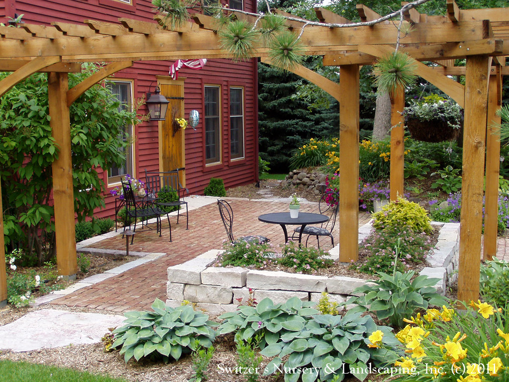Front Yard Patio Amp Entry Pergola On Salt Box Home Old