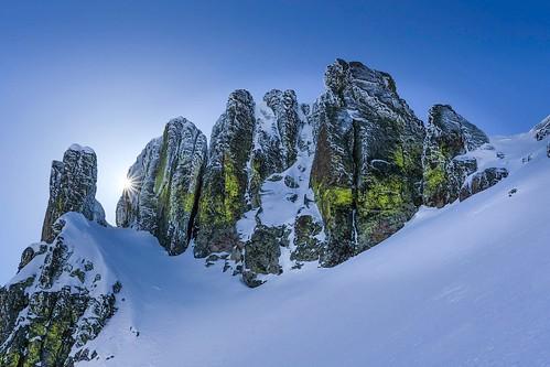 snow landscape rocks fujixt2