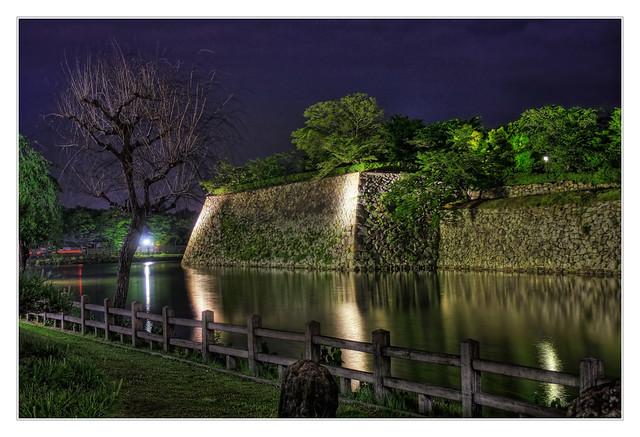 Himeji J -  Himeji-jo  White Heron Castle water ditch 02