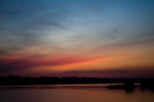 dniper sunset sky cloud outdoor dusk