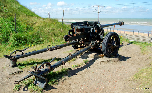 German anti-tank cannon 7,5cm type PAK40 Ostend