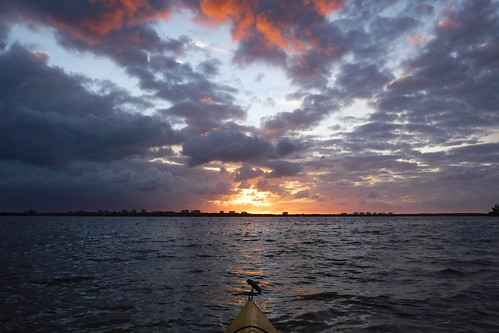 florida fortpierce indianriver kayaking paddling queenscove sunrise unitedstates us