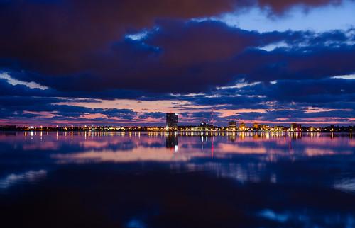 city light lake reflection sunrise la timelapse nikon long exposure low charles 1685 d7000
