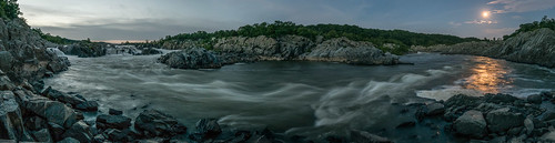 panorama virginia unitedstates greatfalls moonrise potomacriver mclean supermoon 1306225931