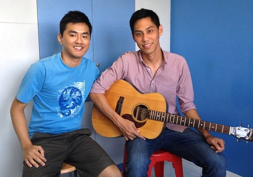 1 to 1 guitar lessons Singapore Winston