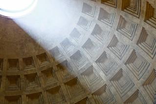 Light at the Pantheon