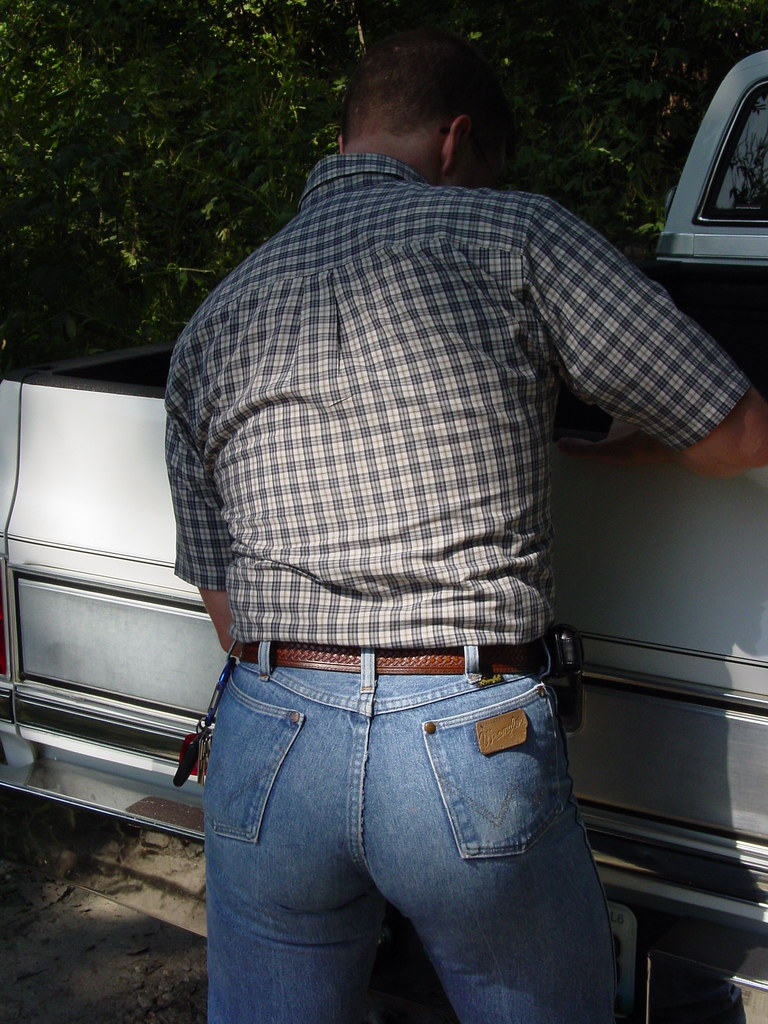 Wrangler  Subject Male Complained Of The Tighter And -6360