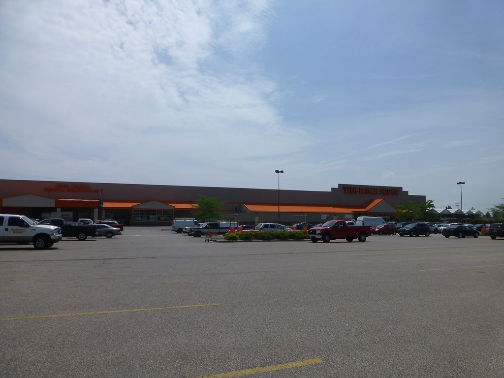 Home Depot In Maple Heights Ohio Something About This Sto Flickr