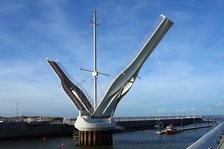 New harbour bridge | by johnroberts6