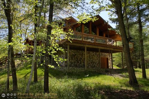 cabin michigan may lodge logcabin upnorth walhalla whitetail 2012 northernmichigan barothylodge barothy juannonly