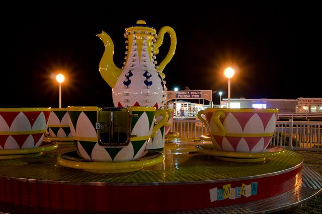 Virginia Beach Tea Cup ride
